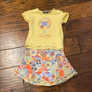 🎉HP🎉2 piece Daisy Girl shirt and skirt set